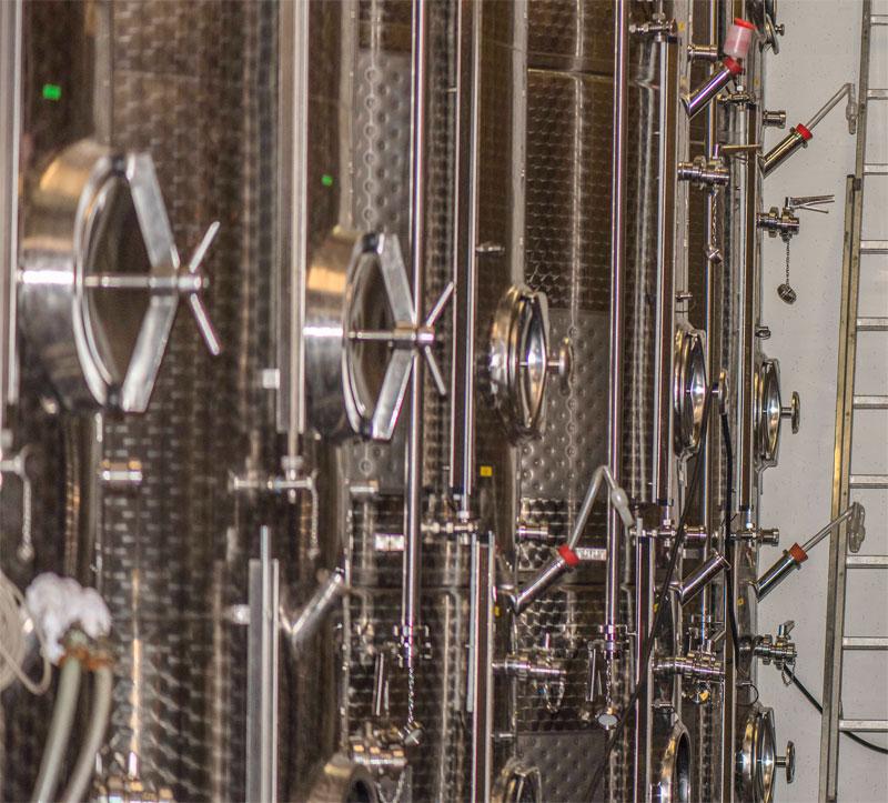 Weinkeller im Weingut Eberle